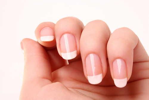 Gratis franse manicure voor de nagel van Eveline Cosmetics